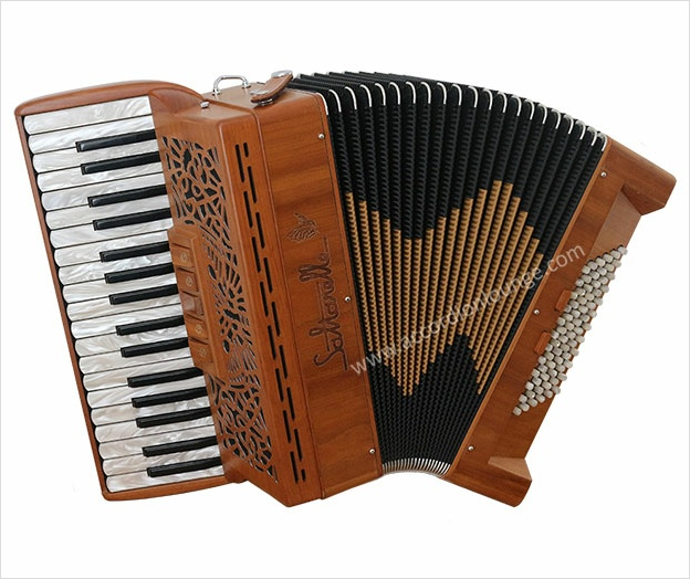 Saltarelle Cleggan 72 Bass Piano Accordion - Accordion Lounge