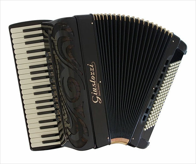 Giustozzi Mod 12 Musette Piano Accordion - The Accordion Lounge